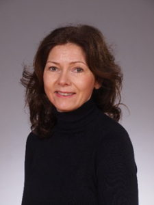 Mrs Fiona Waite